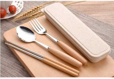 現貨收完為止►日式小麥木柄304餐具組